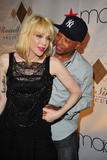 Кортни Лав, фото 3. Courtney Love at Russell Simmons' Argyleculture Fall 2010 08-03, photo 3