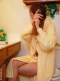 http://img111.imagevenue.com/loc26/th_47b1d_bathrobe_008.jpg