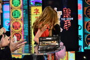 Candace Bailey and Sara Underwood - AOTS! Oscars in a Minute 2011 (19xUHQ)