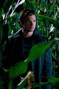 http://img111.imagevenue.com/loc91/th_97254_Smallville_10x01_Lazarus18_122_91lo.jpg