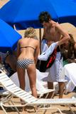 Ashley Tisdale Bikini Candids in Hawaii (HQ and MQ) Foto 14 (Эшли Тисдэйл Bikini Candids на Гавайях (HQ и MQ) Фото 14)